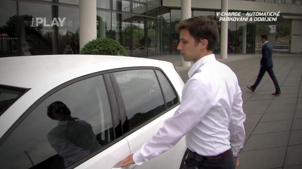 V-Charge Automatické parkování a dobíjení