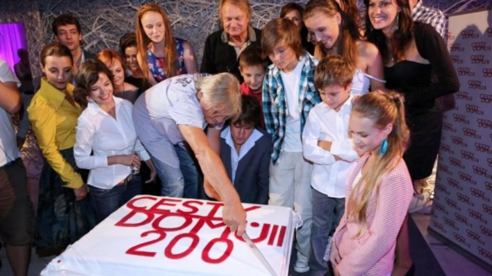 Cesty domů oslavily 200. díl