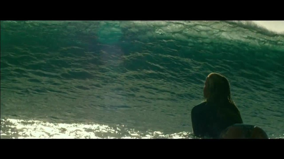 The Shallows - Trailer 1