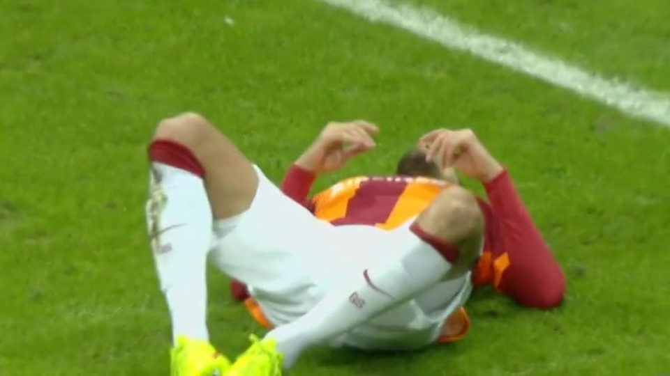 Sestřih zápasu - Galatasaray v Arsenal (9.12.2014)