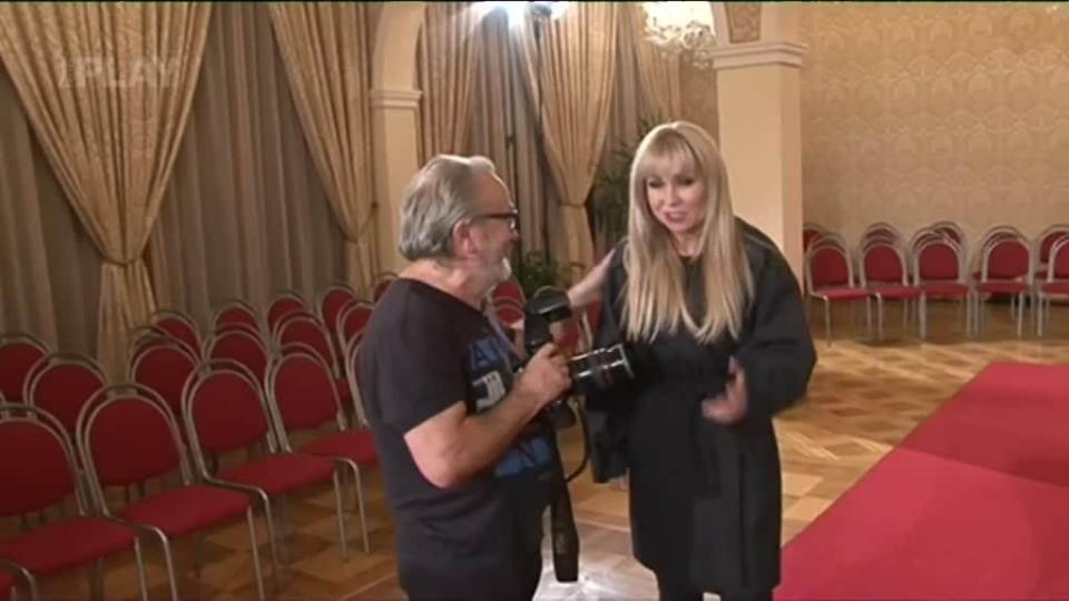 TOP STAR - Kateřina Hrachovcová ve spodním prádle