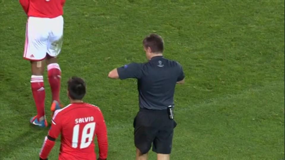 Červená karta - Luisao 92 (26.11.2014)