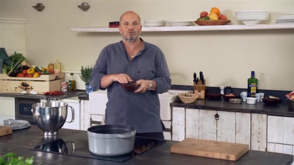 Čokoládový dort s chilli a mořskou solí