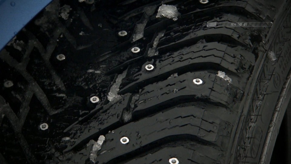 Testujeme pneumatiky s hroty I. část