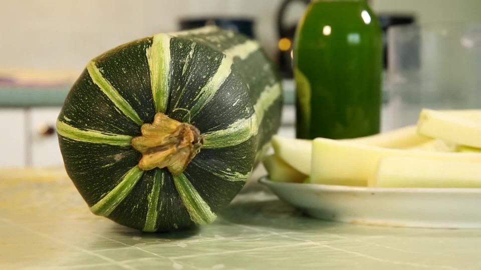 Kandovaná cuketa jako kiwi
