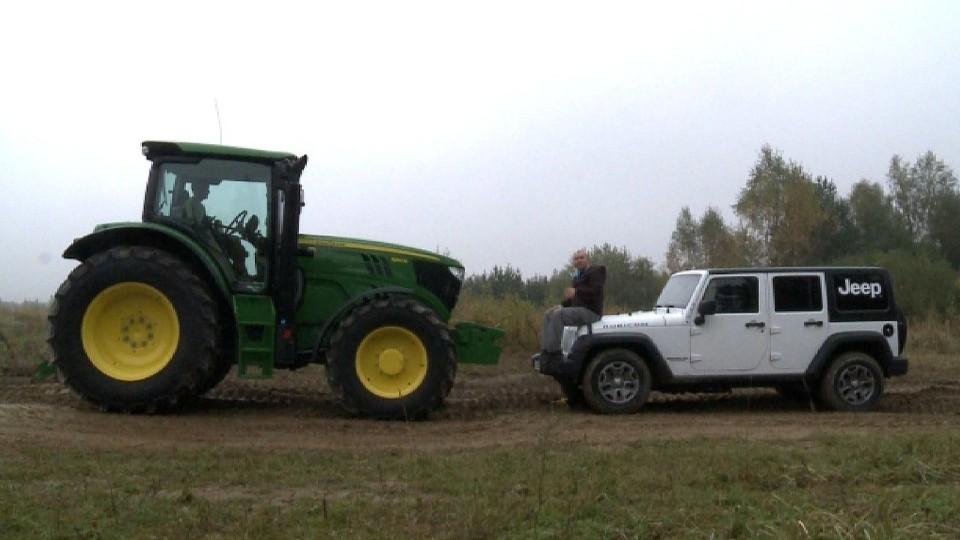 John Deere 6150R vs Jeep Wrangler Unlimited