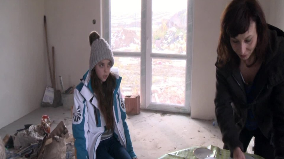 Křižovatky života II (3) - Stavební firma zruinuje rodinu