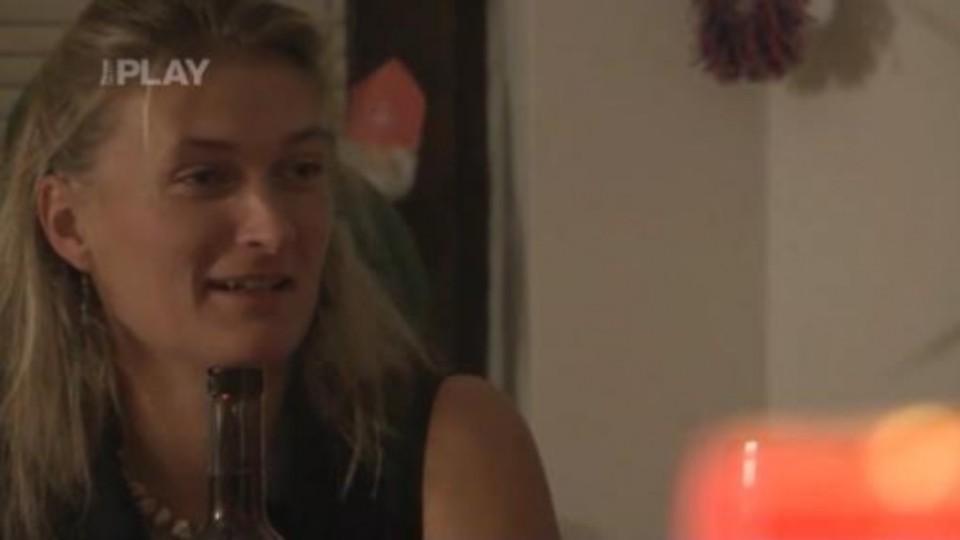 Farmář hledá ženu III - Jana pije víno