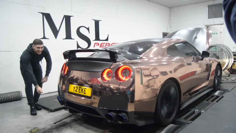 Lighting a Cigarette with GTR