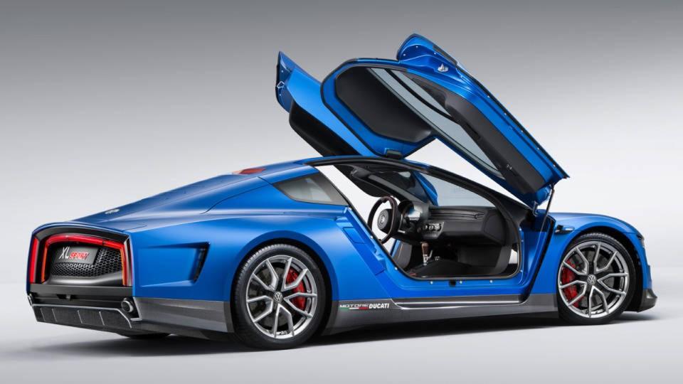 Ducati Scrambler + Volkswagen XL Sport Concept