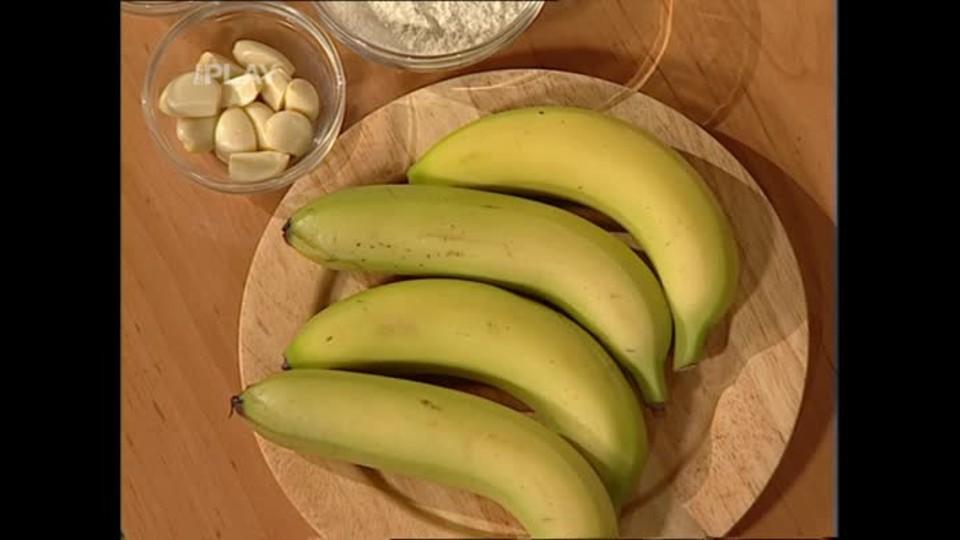 Banán v česnekovém županu