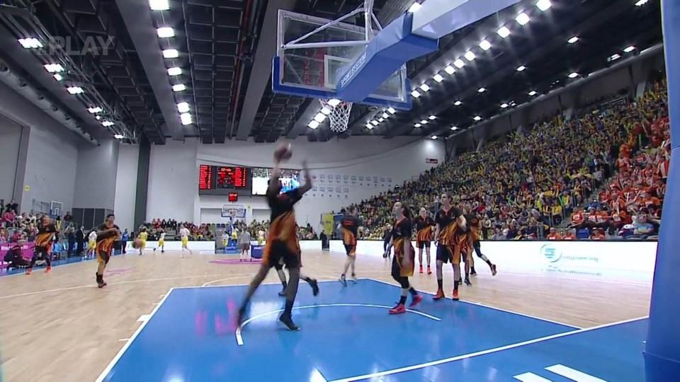 EWL Euroliga žen – Final Four 1. čtvrtina