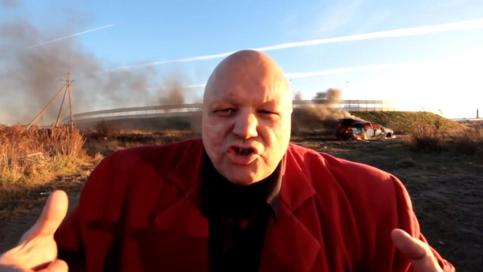 Šílený Rus spálil své BMW