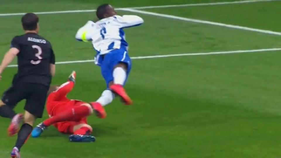 Penalta - Ricardo Quaresma 2 (15.4.2015)