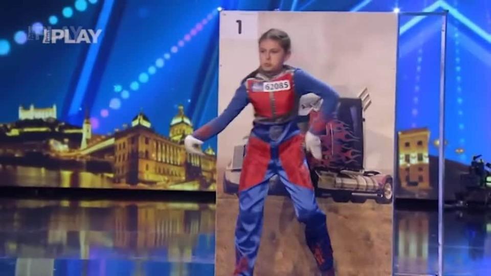 ČSMT2015 - Holčička tančí streetdance
