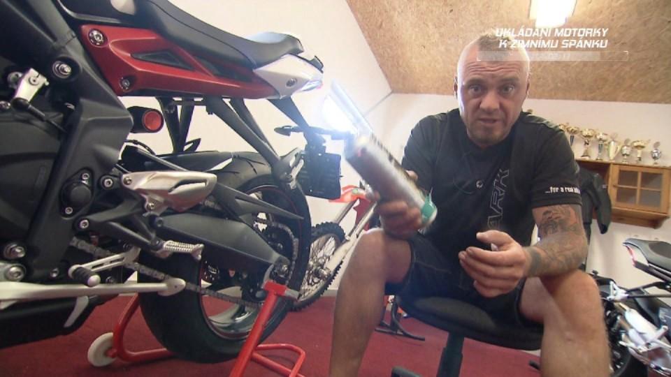 Ukládání motorky k zimnímu spánku II.část