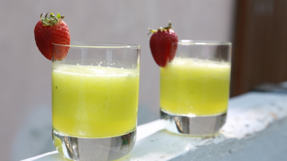 Rozpal to, šéfe! (4) – okurkové smoothie s ginem