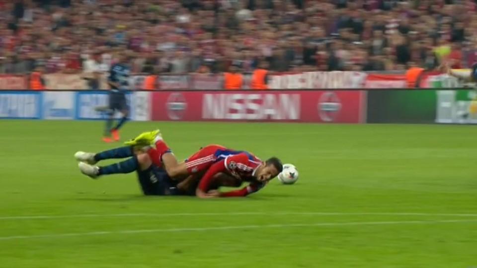 Červená karta - Marcano 87 (21.4.2015)