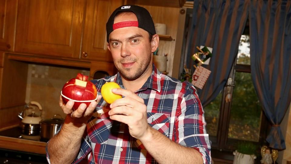 Vychytávky Ládi Hrušky - Jak rozkrájet jablko