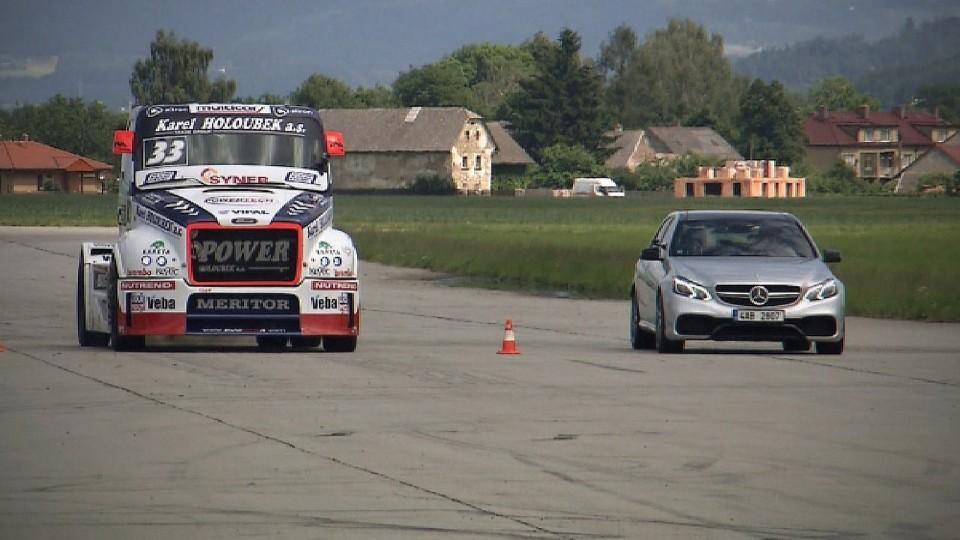 Mercedes-Benz E63 AMG 4Matic S vs. BuggyraBig boy II