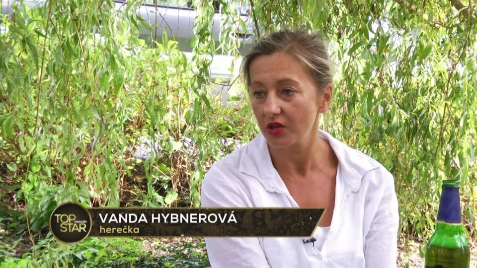 TOP STAR Magazín 2016 (39) - Vanda Hybnerová