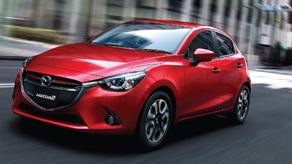 Mazda 2 - preview
