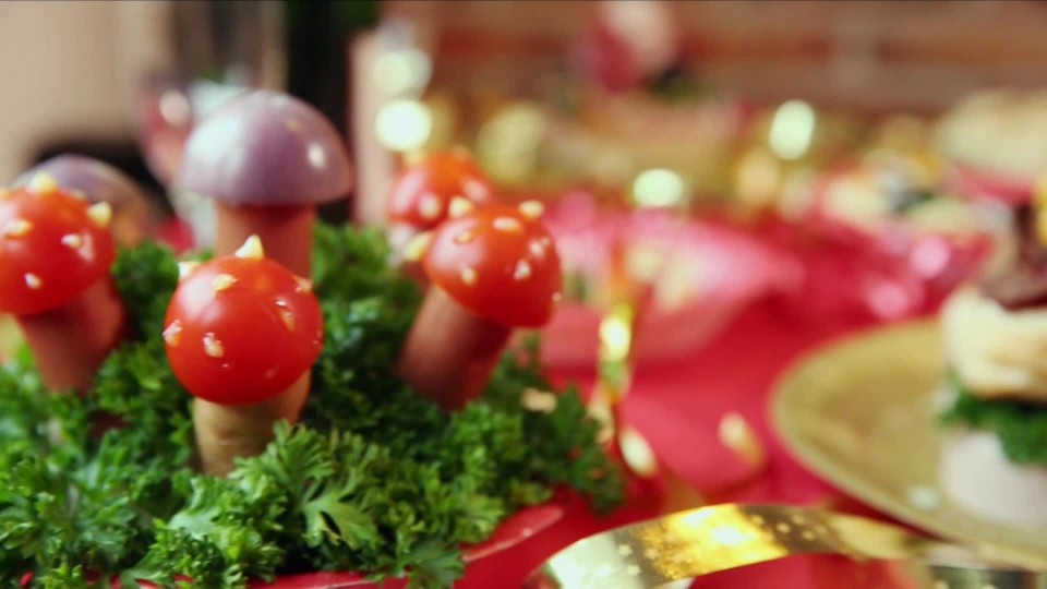 Sváteční salátové mísy