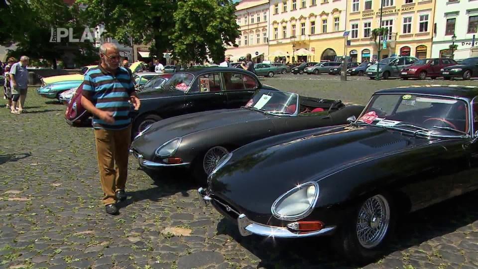 50 let Jaguar E-Type 2/4