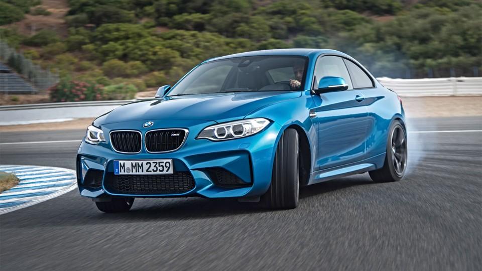 BMW M2 v ostré jízdě