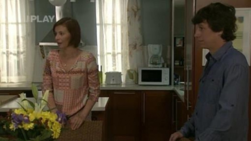 Cesty domů (195) - Romana dává Valerii kapky