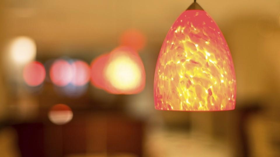 Prima Rádce - 3 způsoby, jak ušetřit za elektřinu...