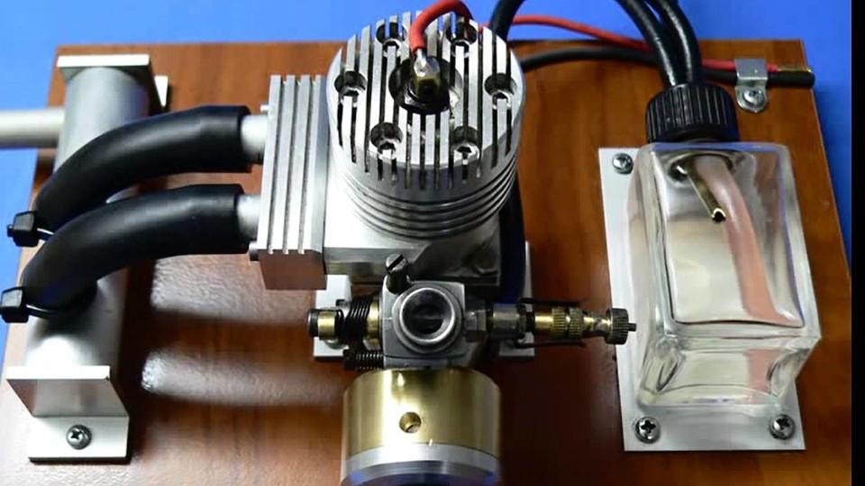 Model spalovacího motoru 4