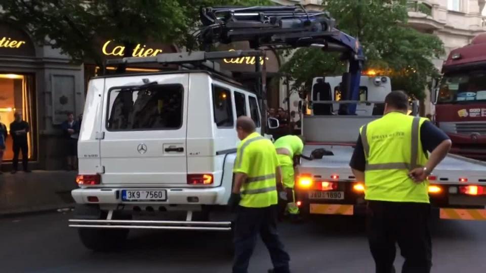 Odtah vozidla - Pařížská