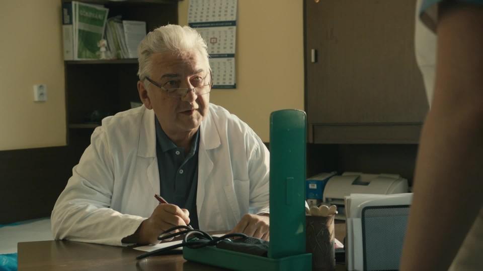 Kapitán Exner (11) – Miroslav Donutil jako vtipný lékař