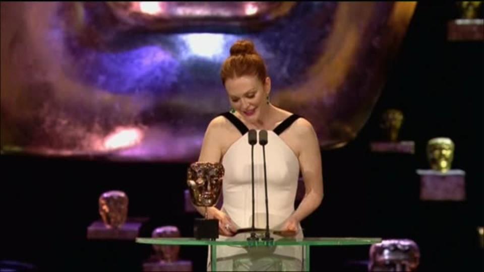 TOP STAR 15.2.2016 - BAFTA - Filmové ceny Britské akademie - Móda