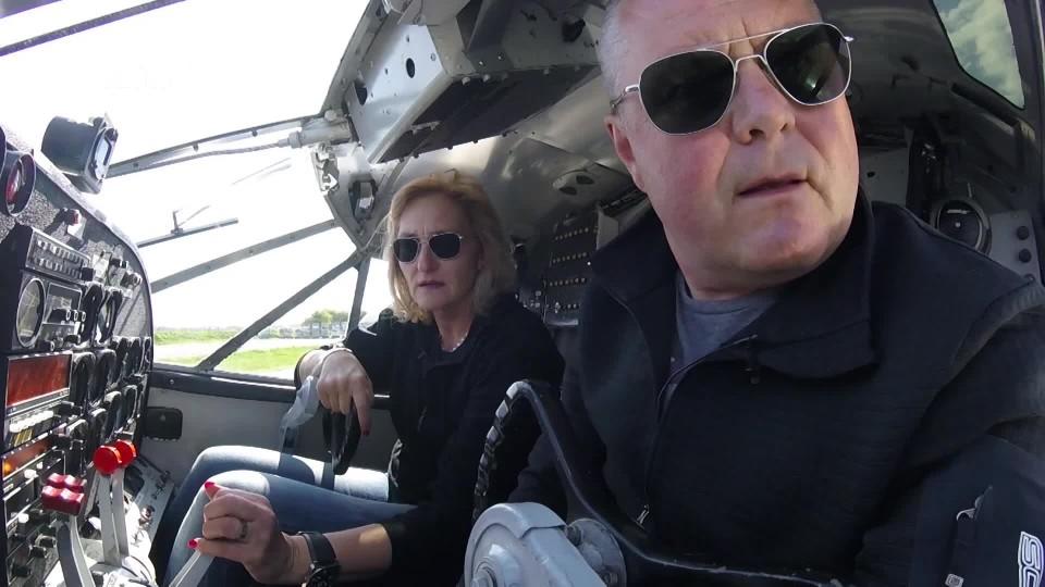 V kokpitu 1 - Beechcraft C-45H