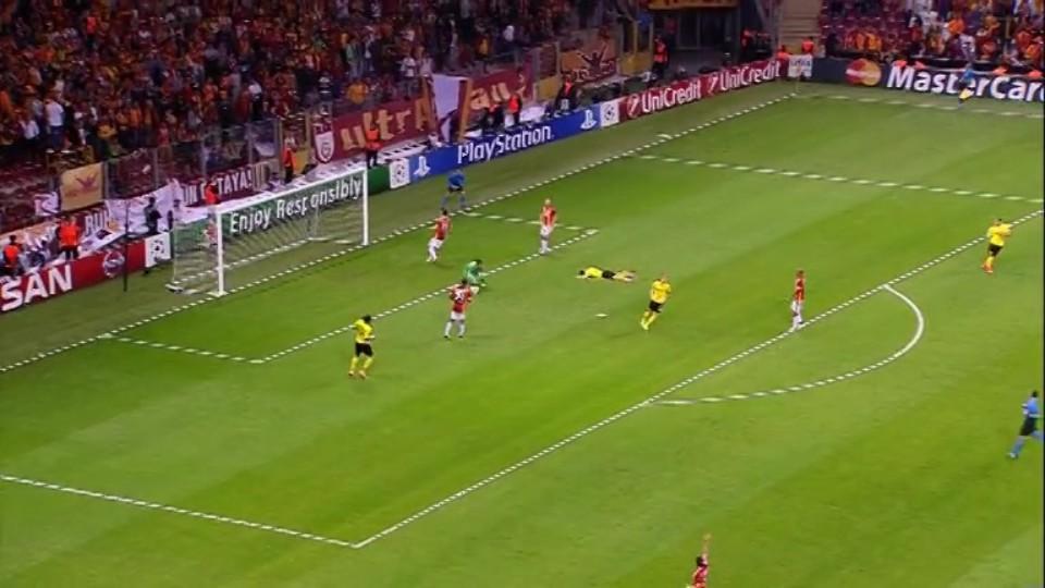 Sestřih zápasu - Galatasaray v Dortmund (22.10.2014)