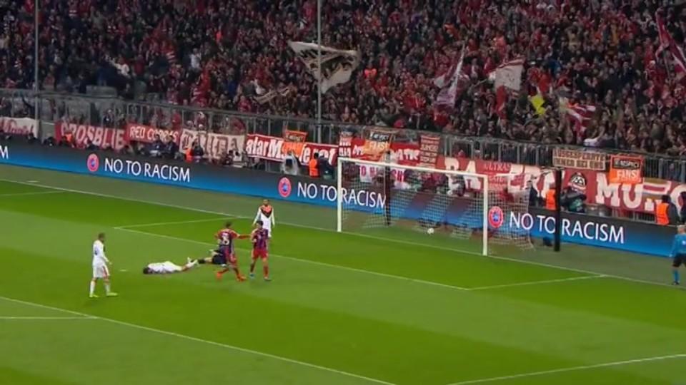 Gól - Lewandowski 75 (11.3.2015)