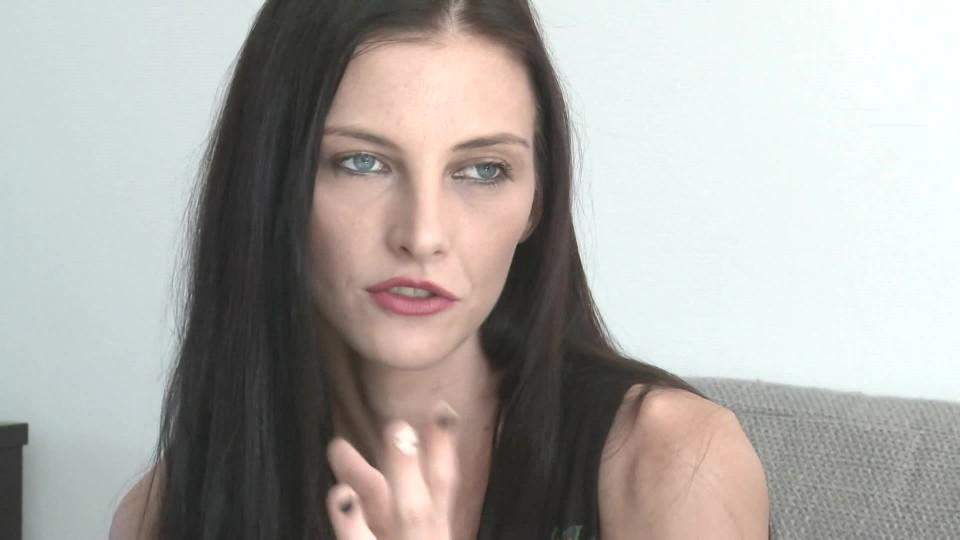 TOP STAR Magazín 2016 (37) - Iva Frühlingová