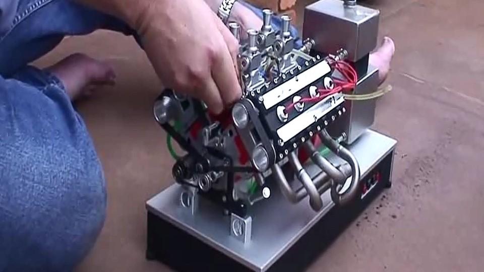 Model spalovacího motoru 2