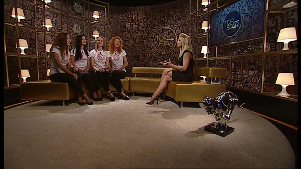 TOP STAR Magazín 2016 (10) - Miss ve studiu (4.Andrea Bezděková, 5.Nikola Kováříková, 6.Šárka Zdvořilá, 7.Adéla Rezková) - 1 část