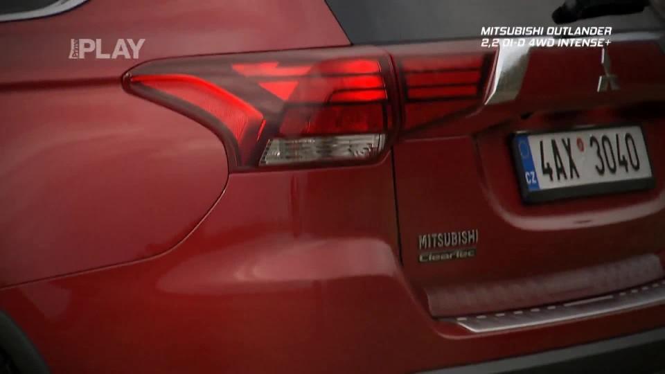 Mitsubishi Outlander 2,2 DI-D 4WD Instense+