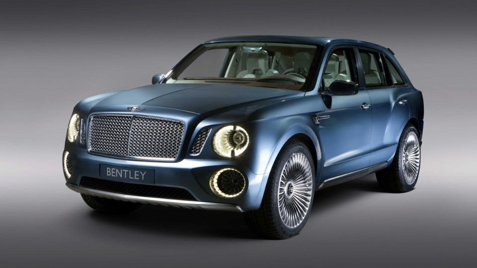 Bentley Bentayga v Dubaji
