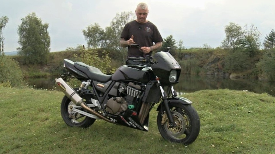 Kawasaki ZRX 1200R (2002)