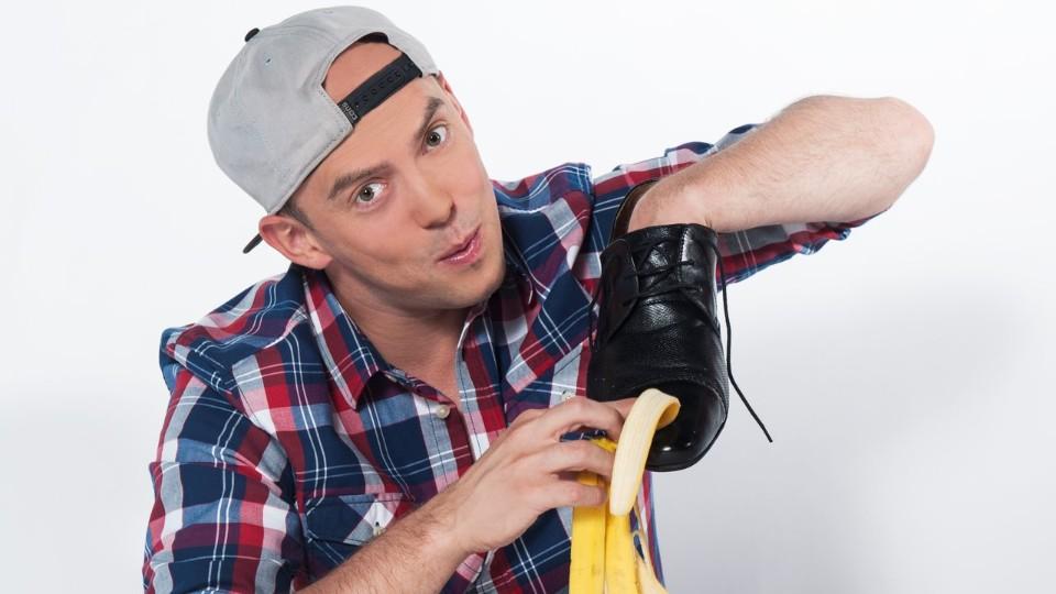 Vychytávky Ládi Hrušky - Jak vyčistit boty banánovou slupkou
