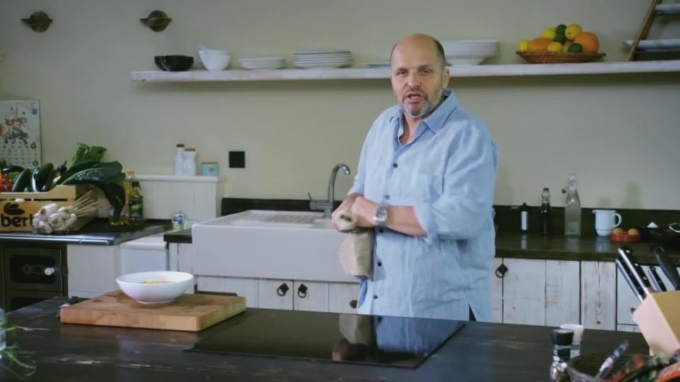 Teď vaří šéf IV (1) - Zapečené pomeranče