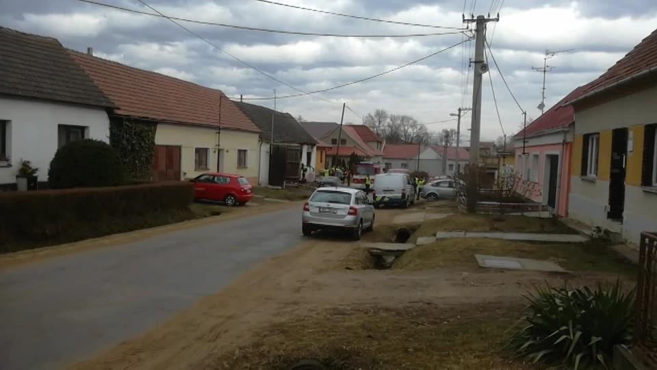 Při požáru rodinného domu na Znojemsku zemřely tři děti
