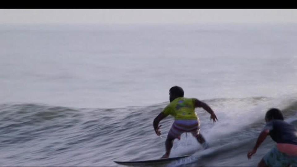 SVĚT: Z rybářů surfaři