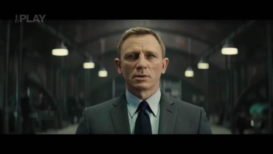 TOP STAR - Premiera Bond Imax