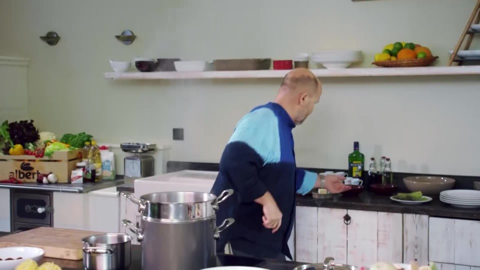 Těstoviny s plněnými smrži a chřestem